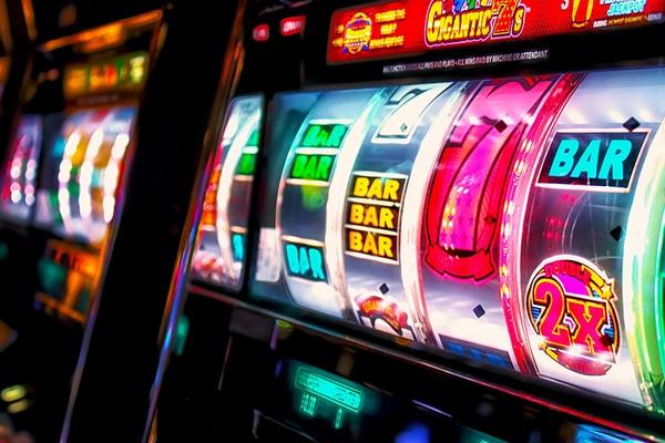 Играем в онлайн казино Супер Слотс
